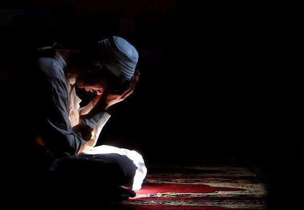 İmanınızı Hayırlı, Güzel Amellerle Dış Dünyaya Aksettiriniz